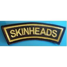 P66  Nášivka Skinheads